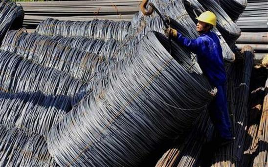A monthly survey by banking giant HSBC showed China's manufacturing remained stagnant in September due to sluggish demand both at home and abroad. Photo: Reuters