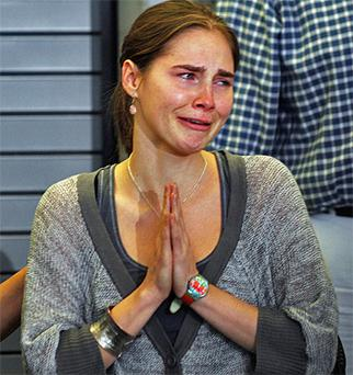 Amanda Knox attends a news conference in Seattle after returning home from Italy