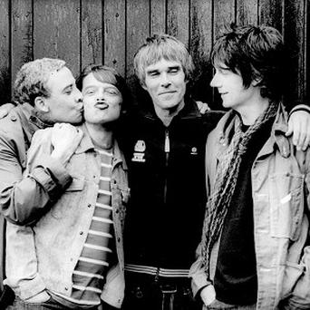 The Stone Roses have announced a comeback tour