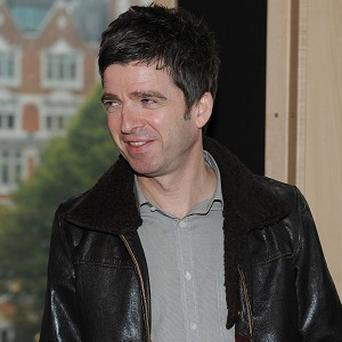 Noel Gallagher looks set to beat Matt Cardle to the top spot