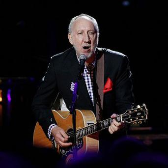 Pete Townshend slammed Apple during his lecture
