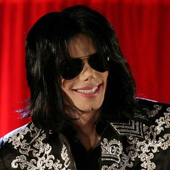 Michael Jackson's house contents are to be sold at auction