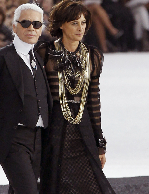 Karl Lagerfeld and 80s supermodel and Chanel muse Inès de la Fressange take to the catwalk during Paris fashion week. Photo: Getty Images