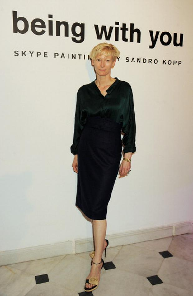 ISTANBUL, TURKEY - MAY 26: (EMBARGOED FOR PUBLICATION IN UK TABLOID NEWSPAPERS UNTIL 48 HOURS AFTER CREATE DATE AND TIME. MANDATORY CREDIT PHOTO BY DAVE M. BENETT/GETTY IMAGES REQUIRED) Tilda Swinton attends artist Sandro Kopp's exhibition for the Istancool Festival by Liberatum and Istanbul'74 on May 26, 2011 in Istanbul, Turkey. (Photo by Dave M. Benett/Getty Images)