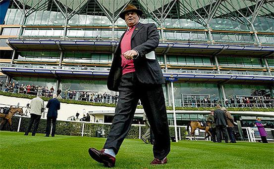 Nicky Henderson's horses won seven times in 90 minutes yesterday at combined odds of just 66/1