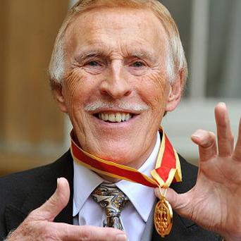 Sir Bruce Forsyth is to host a headline show at the Royal Albert Hall in 2012