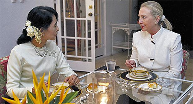 US Secretary of State Hillary Clinton and pro-democracy opposition leader Aung San Suu Kyi in Rangoon yesterday