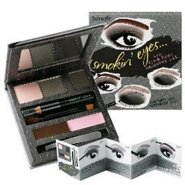 Benefit Smokin' eyes makeover kit €39.50 (€33.57 at discount price on debenhams.ie)