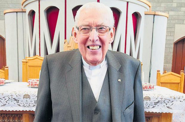 Former moderator and founder of the Free Presbyterian Church Ian Paisley after his final sermon yesterday