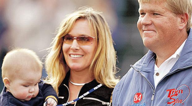 John Daly with his son and ex-wife Sherrie, who spent time in prison