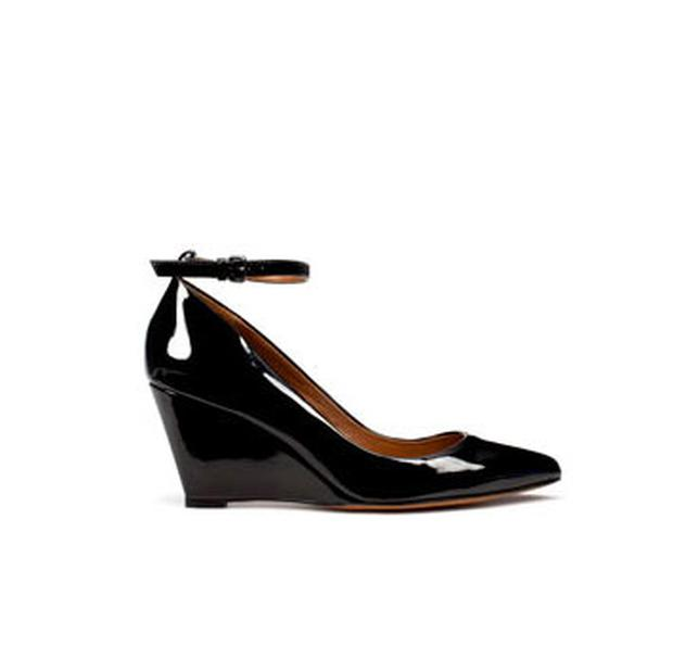 Patent leather wedge shoe with ankle strap from Zara