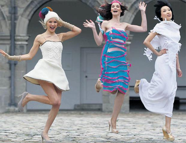 Teodora Sutra in an Aran dress (€295), gloves (€75.50) and hat (€60) by Edel McBride; Karen Fitzpatrick wears a knit dress (€280) by Lisa Shawgi and scarf (€180) by Susannagh Grogan; and Yomiko Chen models a silk cotton dress (€321) and shrug (€267) by Meli Bondre. ROBBIE REYNOLDS
