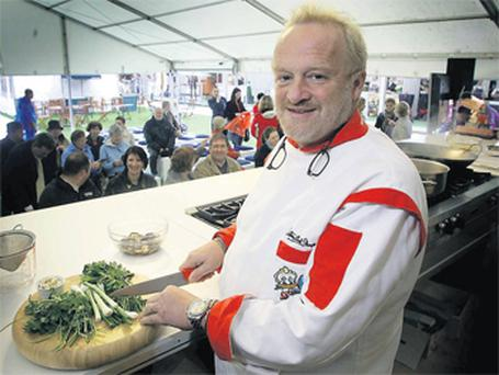 Celebrity chef Antony Worrall Thompson will fly in this weekend to host a fundraiser for two aspiring Irish Olympians, Scott Flanigan and Ger Owens