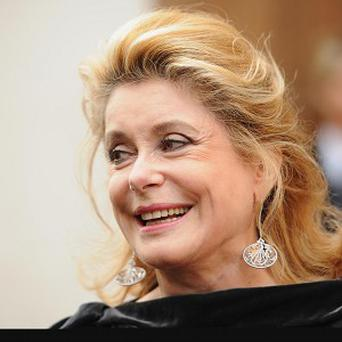 Catherine Deneuve is to be honoured for her film work
