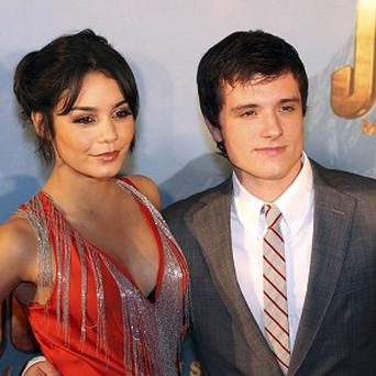 Vanessa Hudgens and ex Josh Hutcherson had an awkward interview moment