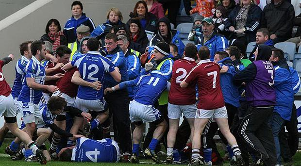 Violent scenes between players from Kerry club Dromid Pearses and Tyrone's Derrytresk