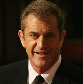 Mel Gibson may be called to give evidence in the discrimination case brought by the sheriff's deputy who arrested him