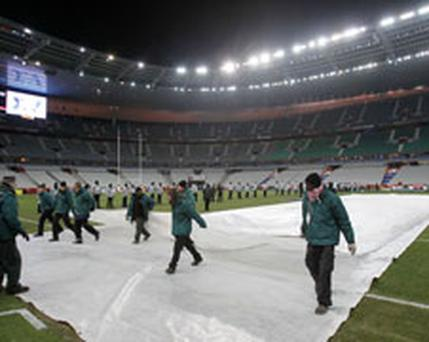 France's RBS 6 Nations match against Ireland tonight has been postponed due to weather conditions in Paris.