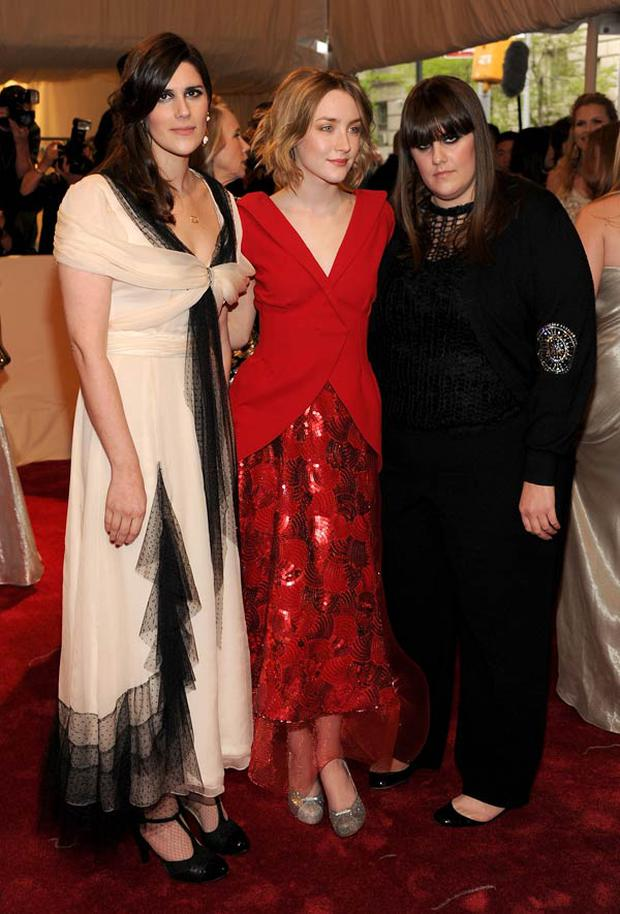 Saoirse Ronan (centre) with Kate and Laura Mulleavy, the designers behind the Rodarte label.