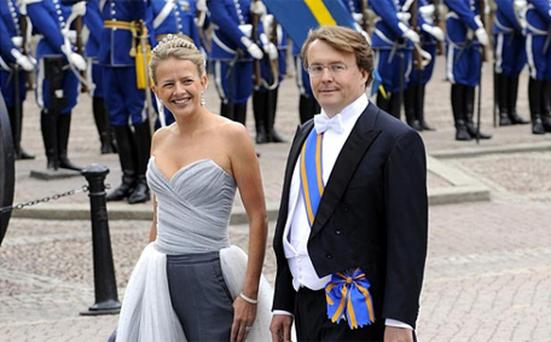 Prince Friso's doctors have said that he may never regain consciousness after being starved of oxygen for so long