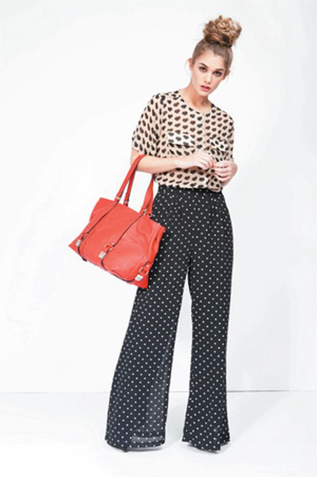 Pants, €35; blouse, €35, both Alwear