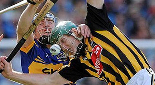 Henry Shefflin, Kilkenny, in action against John O'Keeffe, Tipperary. GAA Hurling All-Ireland Senior Championship Final, Kilkenny v Tipperary, Croke Park, Dublin. Photo: Sportsfile