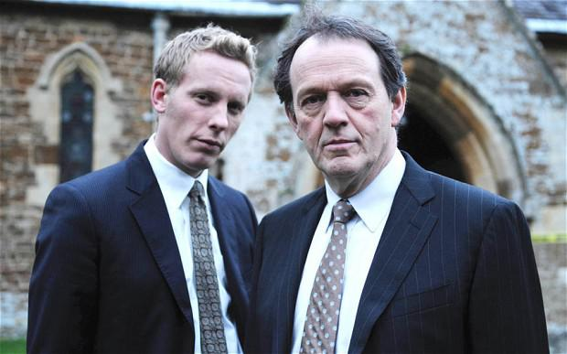 Kevin Whately as DI Robert Lewis and Laurence Fox as DS James Hathaway