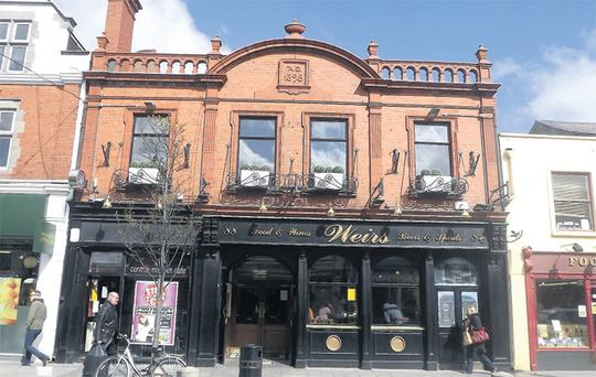 Weirs pub in Dun Laoghaire, Co Dublin, sold at the Allsop auction for it's €450,000 reserve