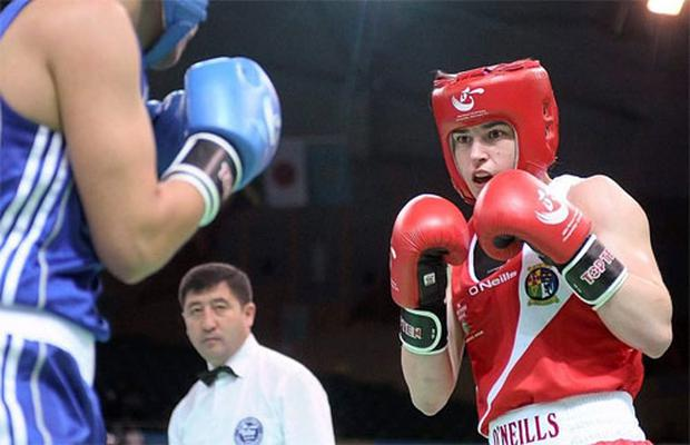 Katie Taylor, Ireland, right, in action against Rim Jouini, Tunisia, during their Lightweight 60kg Bout. Photo: Sportsfile