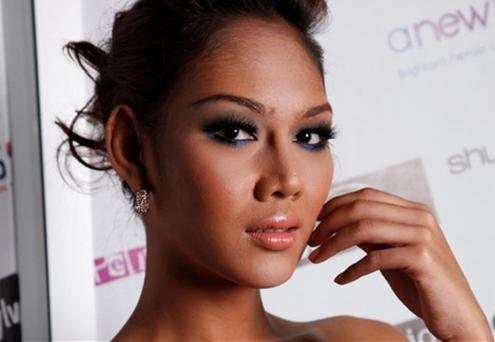 The beauty who beat hundreds of women to final of modelling competition revealed to be ladyboy