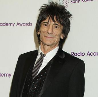 Ronnie Wood joined Cyndi Lauper on stage for an impromptu duet