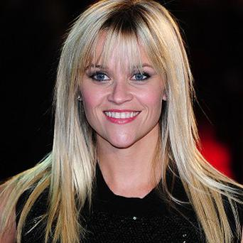 Reese Witherspoon is to star in a movie adaptation of a popular self-help book