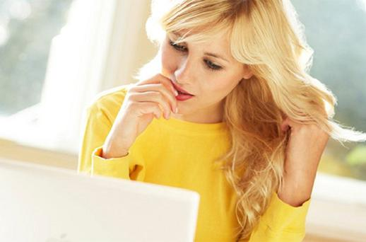 Women are more drawn to social networking sites, research shows
