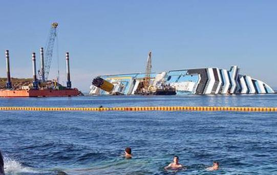The operation to remove the Concordia wreck will take a year