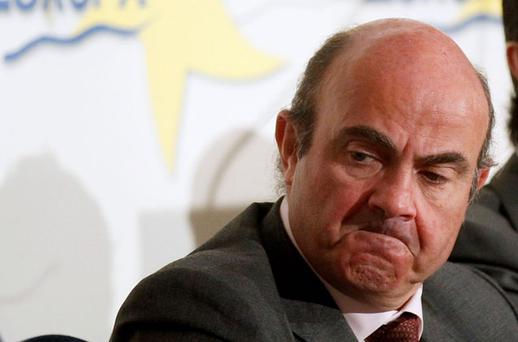Spanish Economy Minister Luis de Guindos faces a major problem as domestic banks that have backed Spain's debt auctions with heavy buying reach a limit for absorbing sovereign bonds.