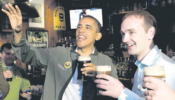 President Obama shares a pint with cousin Henry Healy
