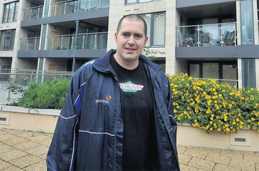 Resident Paul O'Brien outside the Laurels apartments in Dundrum, Dublin yesterday