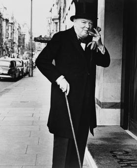 British prime minister Winston Churchill (1874 - 1965) arrives at Claridges Hotel in London, 13th May 1952. (Photo by Keystone/Getty Images)