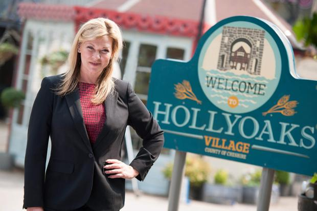 Ex-Emmerdale Claire King returns to soap with Hollyoaks cameo