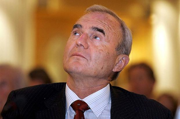 Otmar Issing believes Germany would be better off staying in the euro
