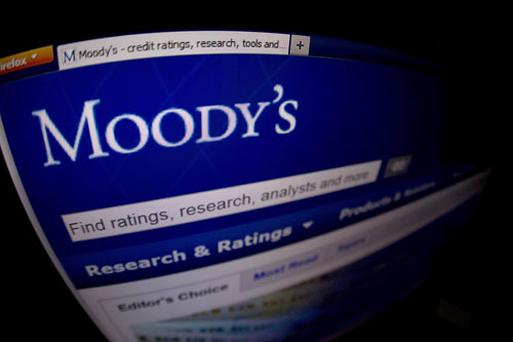 The rating would likely be cut to Aa1 from Aaa if an agreement was not reached, Moody's said in a statement.