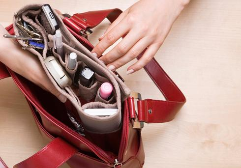 To many women their bag is indispensable.
