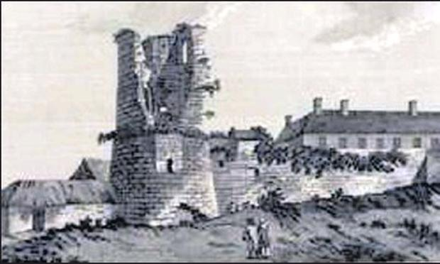 The original castle at Arklow was erected by the followers of Strongbow in the years that followed 1170 to strengthen their grip over the local population.