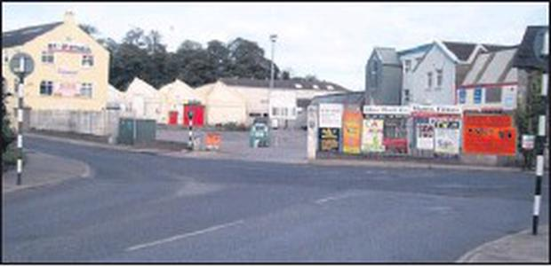 The area at Greenhills that needs a roundabout.