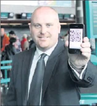 Stuart Lattimore, eCommerce Manager, launching the new Aer Lingus App at Dublin Airport.
