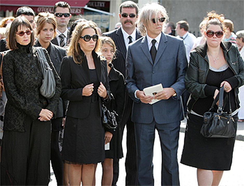 Bob Geldof And From Left To Right His Sister Lynn Daughter Peaches