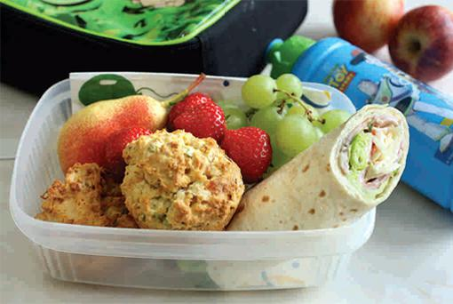 Many teens still bring a packed lunch to school