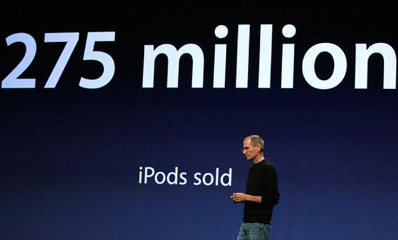 Steve Jobs discusses Ping: 'It's Facebook meets Twitter meets iTunes'. Photo: Getty Images