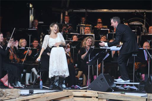 Guest singer Gemma Hayes and conductor David Brophy perform an Electric Proms show with the RTE Concert Orchestra last night – Gemma was one of several guest singers to perform with the orchestra