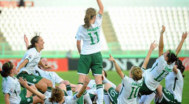 Ireland's goalscorer Siobhan Killeen, centre celebrates in unorthodox fashion with her team-mates during their FIFA U-17 Women's World Cup clash last night.